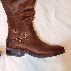 NWOT Baretraps Yanessa Brown Knee-high Boots